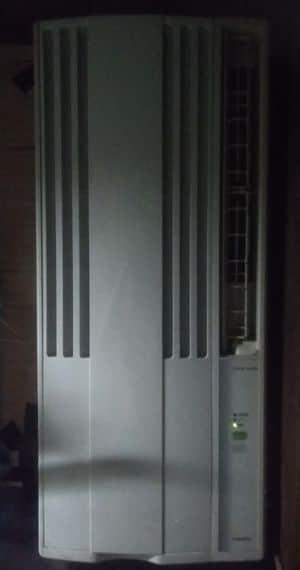 コロナの窓用エアコン冷房専用を中古で購入
