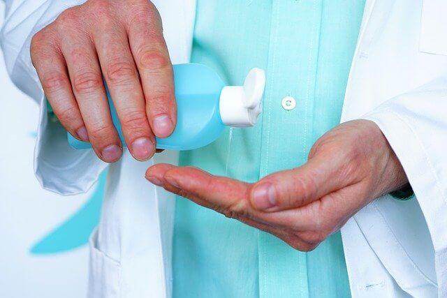 爪が剥がれたときの消毒について