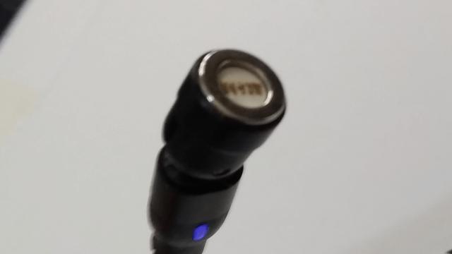マグネット式USB充電ケーブルレビュー ケーブルのマグネット部分